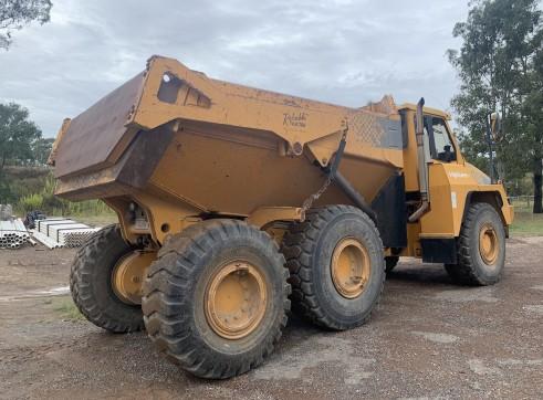 Moxy 30t dump Artic truck 3