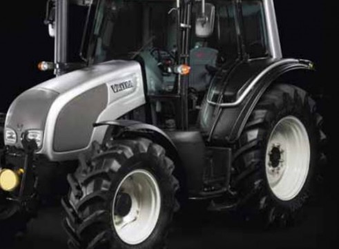 N101 & N111e Valtra N Series Tractor 1