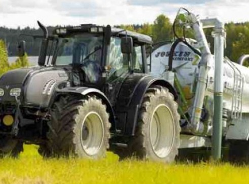 N122 & N142 Direct Valtra Tractor  2