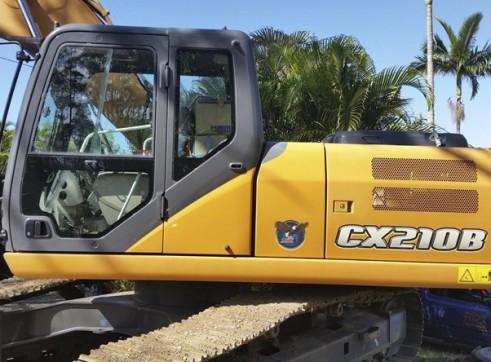 21T CASE CX210B Excavator
