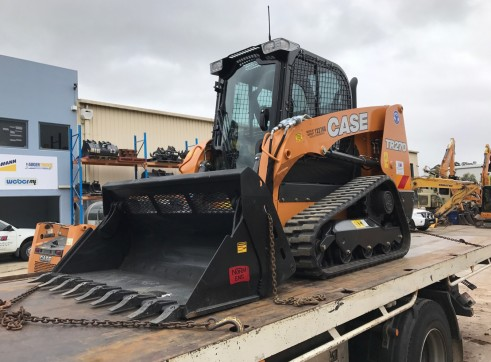 NEW 75HP Case TR270 CTL Posi-Track 1