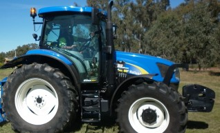 New Holland T6020 1