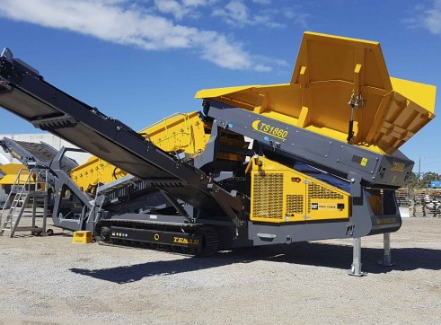 New Ts1860 Reclaimer Screen ( Mccloskey R230) - Available Immediately 1