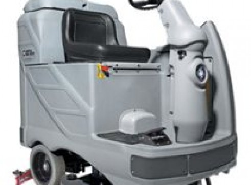 Nilfisk BR1050 – Ride On Scrubber (Battery) 1