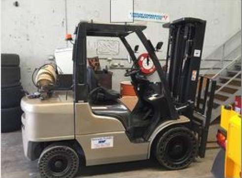 Nissan 3T LPG Forklift