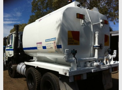 NISSAN UD 6X4 WATER CART. 12,000LT TANK READY TO GO! 3