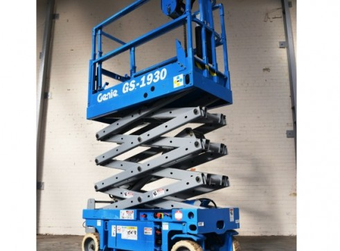 NSW Electric Scissor Lift Rentals 2
