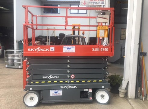 NSW Electric Scissor Lift Rentals 5