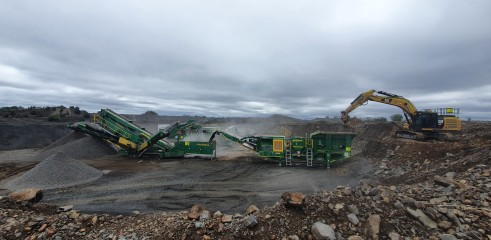 On site crushing and screening specialist 2
