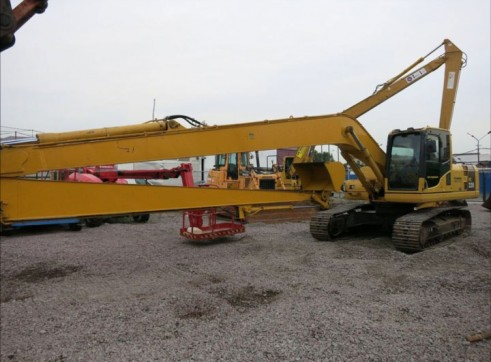 PC200 long reach Excavator with grab 1