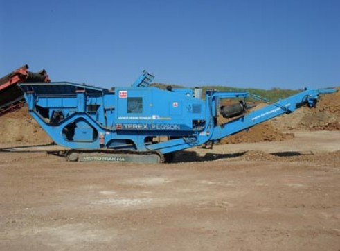 Pegson Metrotrak Crusher 1