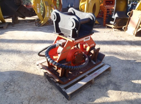 Pneuvibe Compaction Plate for Hire 1