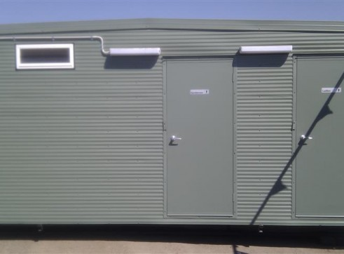 PORTABLE CAMP ACCOMMODATION 1