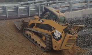 Posi Skid-Steer 299C 1