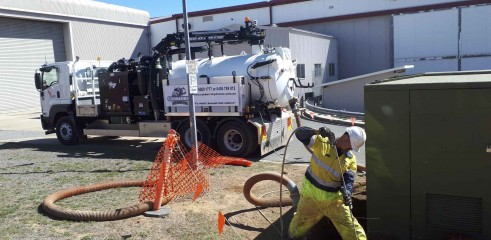 Pot Holing - Vacuum Excavation Services 1