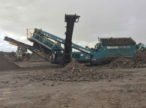 Powerscreen Cheiftain 1400 Screening Plant 1