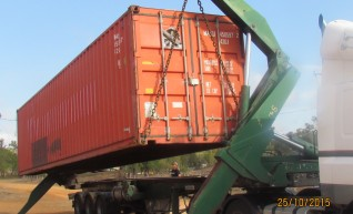 Prime Mover w/ 40ft Flat Bed Trailer (with container pins) 1