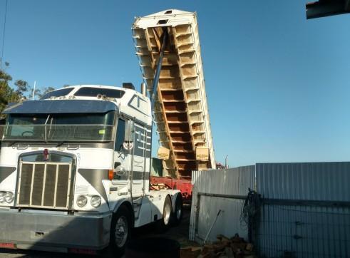 Prime Mover w/steel bin bogie chassis tipper 1