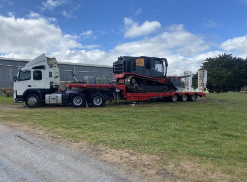 Prime Mover with 45FT Widening Dropdeck 1