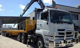 Prime Mover with Hiab Crane 1