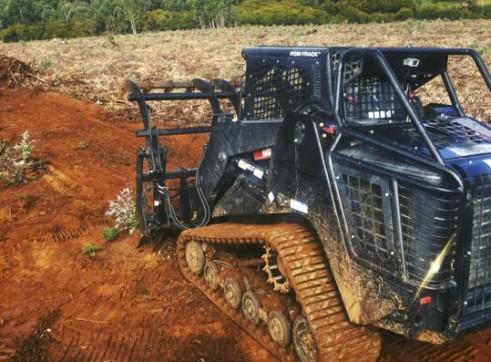 PT100 Posi-Track w/Forestry Mulcher 4