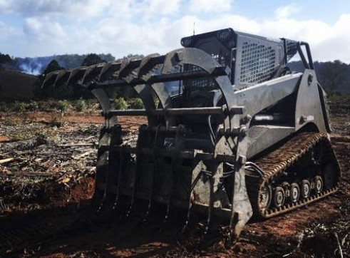 PT100 Posi-Track w/Forestry Mulcher 8