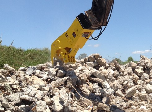 Pulveriser concrete crusher to suit 25-40T excavators 1