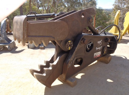 Pulveriser Rock Crusher Suit 5 to 50 Tonner  2