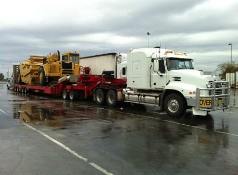 Quad and dolly low loaders capacity 50t 1