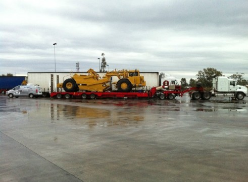 Quad and dolly low loaders capacity 50t 2