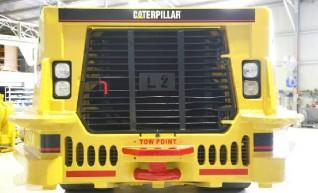 R2900 - 5TW Undergound Mining Loader 1
