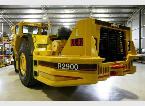 R2900 - 5TW Undergound Mining Loader 2
