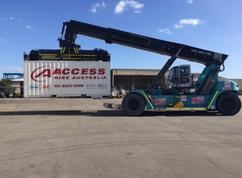 Reach Stacker / Container handler for Hire 1