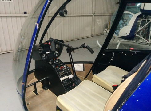 Robinson R22 Beta II Helicopter 2