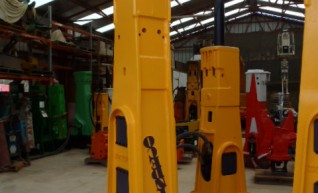 Rock Breakers Hydraulic Hammers For Hire or Sale 1