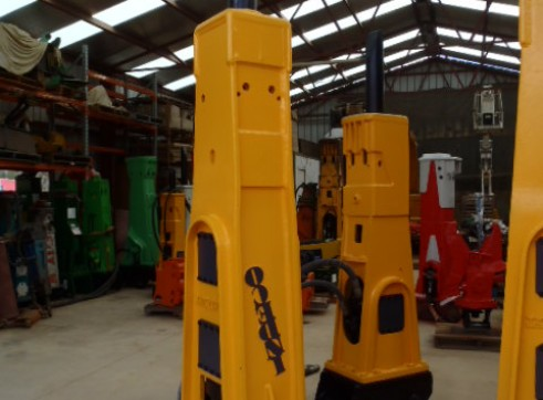 Rock Breakers Hydraulic Hammers For Hire or Sale