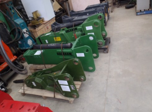 Rock Breakers Hydraulic Hammers For Hire or Sale 2