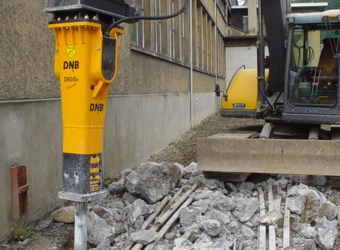 Rockbreakers to suit machines weighing 2 - 90 tonne 2