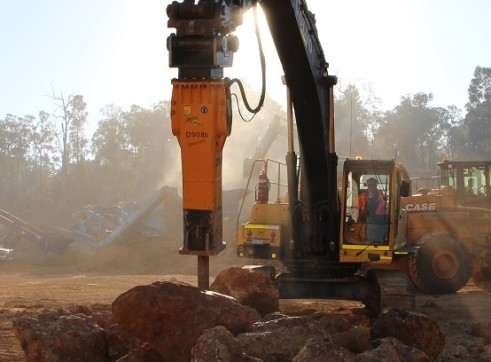 Rockbreakers to suit machines weighing 2 - 90 tonne 6