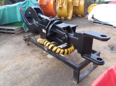 Rotating Log Grab Suit 20 Tonner