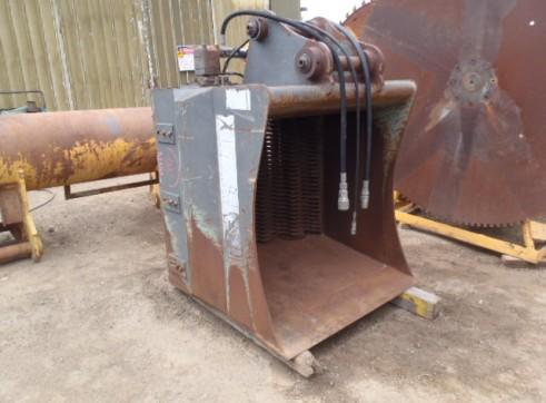 Hydraulic Screening Bucket 2