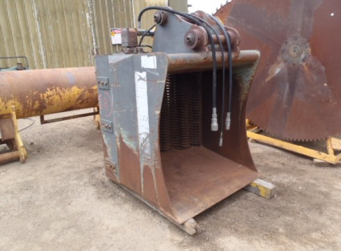 Hydraulic Screening Bucket 2