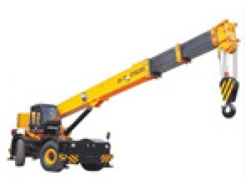 Rough terrain crane RT-40 1