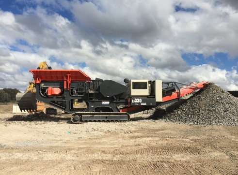 Sandvik QJ330 Jaw Crusher 2