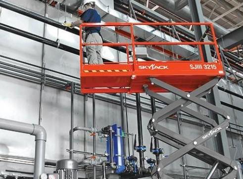 Scissor Lift - 5.8m (19ft) Electric Skyjack 1