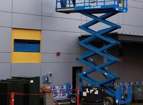 Scissor Lift - 7.9m (26ft) Rough Terrain Genie 3