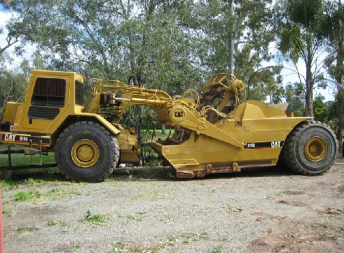 Scraper Cat 615C series II 1