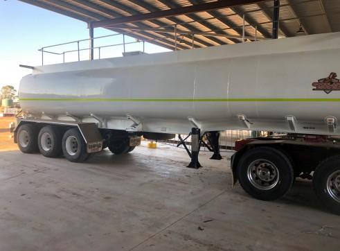 Semi Water Tanker 1
