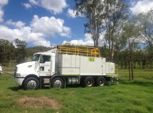 Service Trucks - Dry Hire - QLD 2