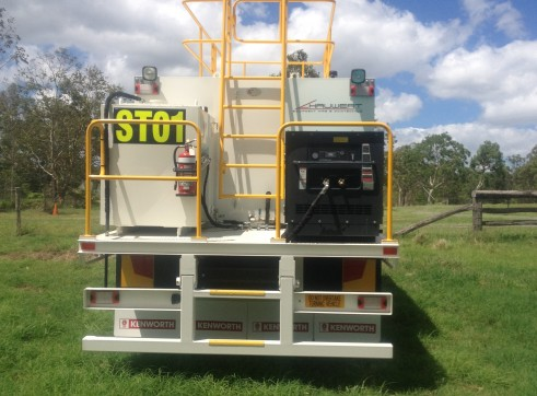 Service Trucks - Dry Hire - QLD 3